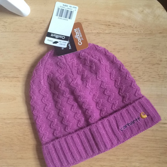 14816e15a New w/ tags Carhartt for women knit hat OSFA NWT